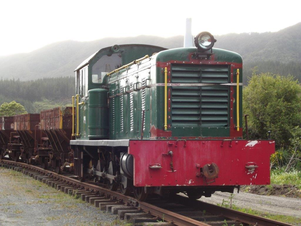 ex-Ohai Railway Board locomotive No.1 arrives at Maymorn