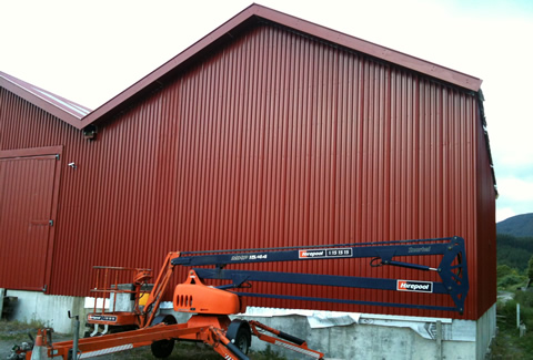 Wall cladding complete on Upper Hutt end of workshop